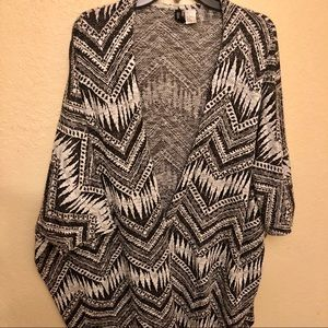 H&M Sweater kimono patterned cover up cardigan